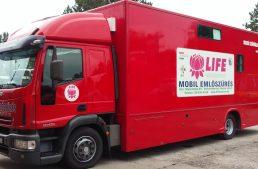 Újabb településeken parkol az emlőszűrő kamion